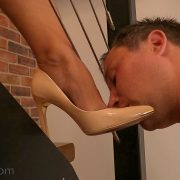 JC69-Slave-8-Shoe-and-Foot-Worship-051