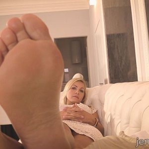 0JC94-POV-Foot-Massage-04