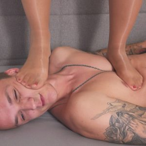 JC146-Crushed-Under-Jenni-05